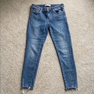 Zara skinny ankle raw hem jeans